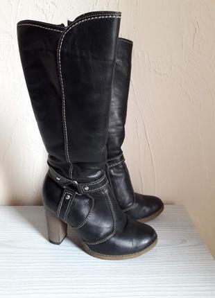 Зимові шкіряні чоботи жіночі чорні