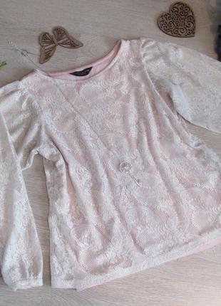 Невероятно красивая блузочка с ажурными рукавчиками-воланами от dorothy perkins.
