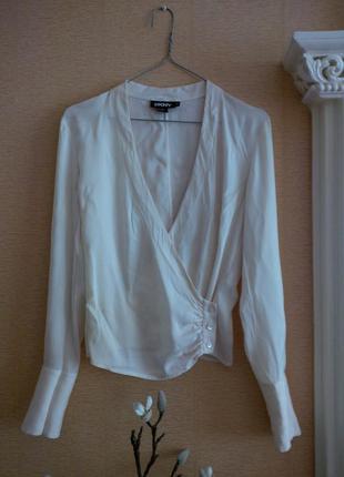 Брендовая шелковая блуза dkny на запах
