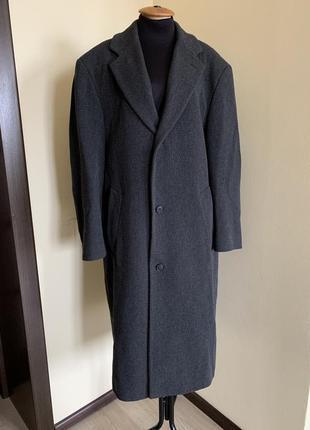 Пальто чоловіче boss