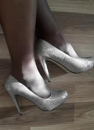 Туфли мерцающие