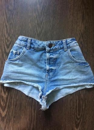 Короткие джинсовые шорты от topshop