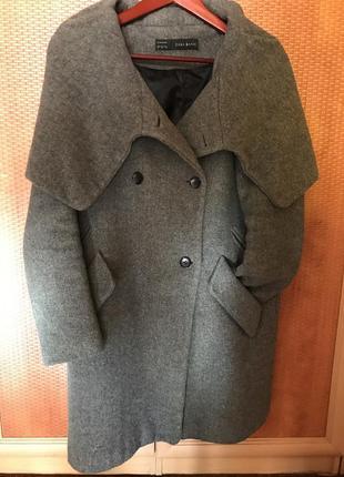 Пальто серое с капюшоном zara