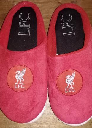 Тапочки с символикой fc liverpool