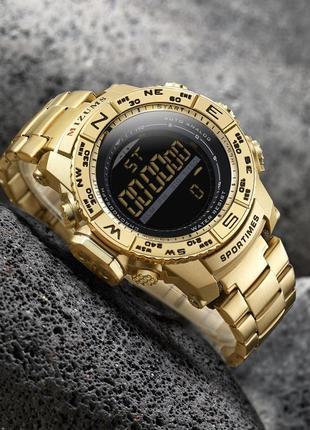Золотистые стальные мужские часы