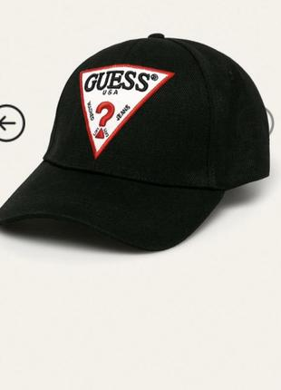 Кепка guess