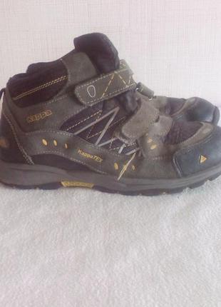 """Серо-чёрные кроссовки с желтыми вставками """"kappa"""", технология tex, размер 38.5"""