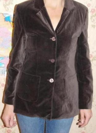 Бархатный,слегка удлинённый пиджак