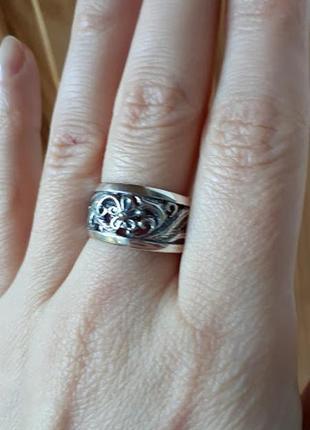 Серебряное кольцо   ажурное от хартов18,5р