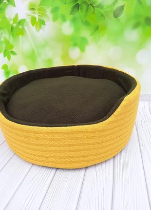 Лежанка, лежак, место для кошки или небольшой собаки