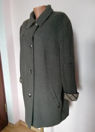 Качественное большое демисезонное пальто /48/шерсть 80%