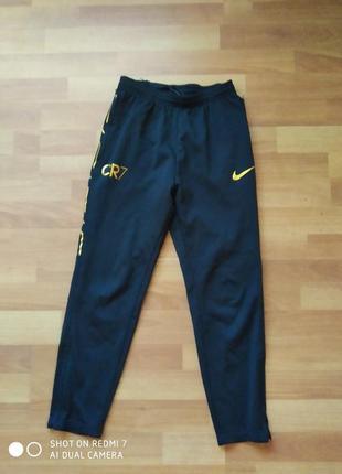 Спортивні штани для хлопця nike dri-fit