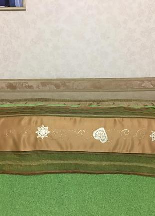 Скатерть-дорожка для декора стола. новый год,рождество. размер 139*40см.