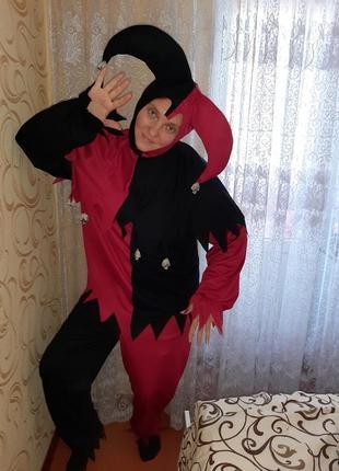 Карнавальный костюм джокер на хэллоуин.