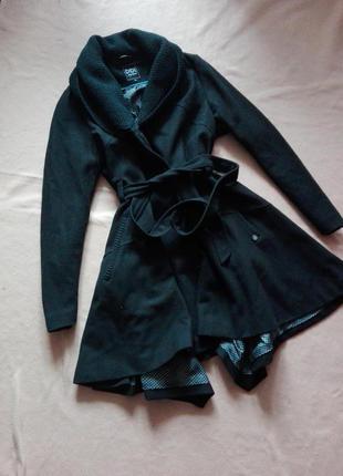 Шерстяное ассиметричное пальто от didi с вязаным двойным воротником под пояс 12 р.