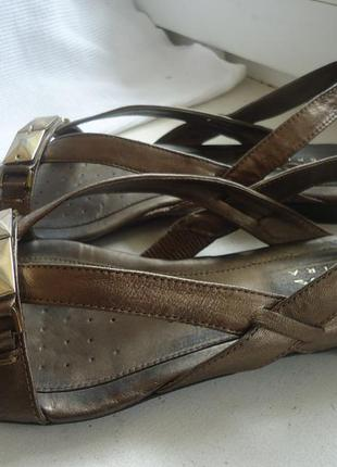 Кожаные босоножки geox 39р.