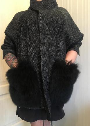 Шерстаное пальто с натуральным мехом