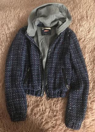 Стильная курточка