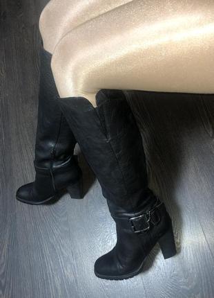 Брендовые кожаные сапоги