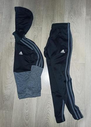 Спортивный костюм,adidas,оригинал, р. 6-7 лет