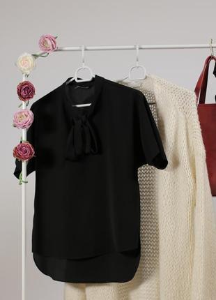Базова блуза zara за спокусливою ціною до 31.10