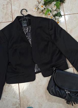 Красивый брендовый черный пиджак блейзер atmosphere