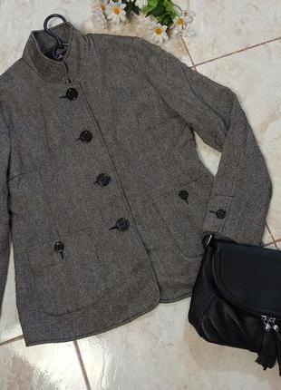 Красивый брендовый серый пиджак шерсть mar collection