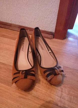 Туфли новые 40р