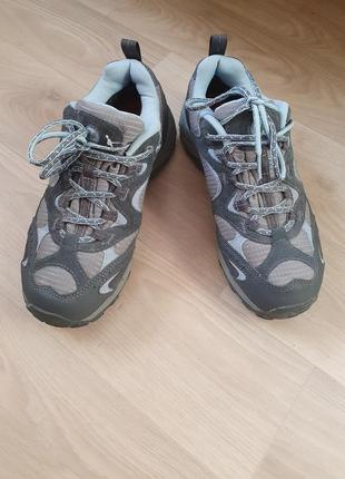 Классные треккинговые кроссовки merrell