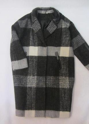 Стильное пальто,оверсайз,в составе шерсть