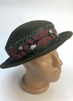 Шляпа фетровая, зеленая с пояском