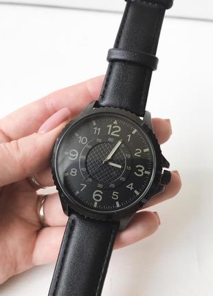 Часы мужские yourturn