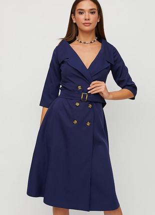 Платье миди длины из плотной слегка тянущейся костюмной ткани