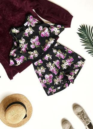 Sale! черный ромпер комбинезон в цветы с шортами и фатином diffuse s/44