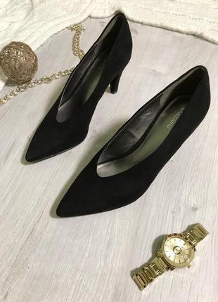 Туфлі/лодочки/гострий носок/стійкий каблук/туфельки з гострим носиком/замш/класичні туфлі.