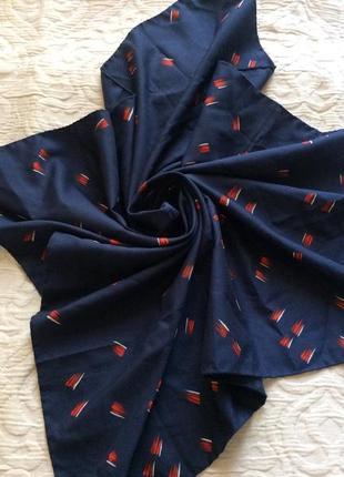 Мужской нашейный платок, шарф.