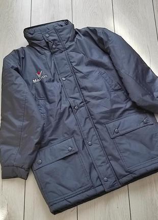 Теплая спортивная курточка