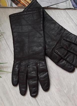 Кожаные перчатки шоколадного цвета