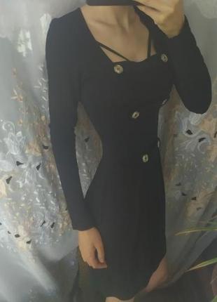 Платье чёрное строгое с декольте свободное солнце юбка с пуговицами распродажа