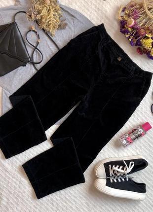 Классические вельветовые брюки с завышенной посадкой чёрного цвета