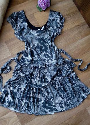 Платье летнее черно-белое 48 50 размер принт бюстье next