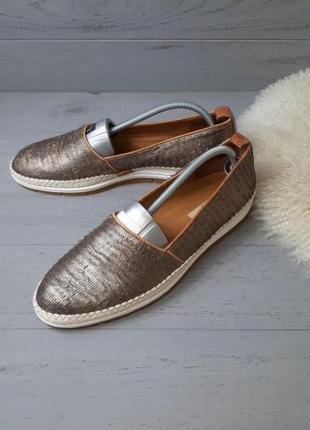 Круті фірмові шкіряні туфлі