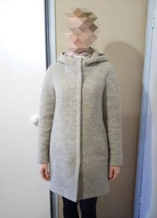 Шерстяное пальто. демисезон.