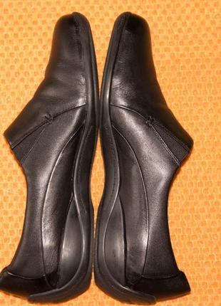 Туфли clarks , р. 39,5-40.  кожа