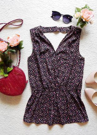 Стильная блуза only в мелкий цветочный принт с красивым вырезом