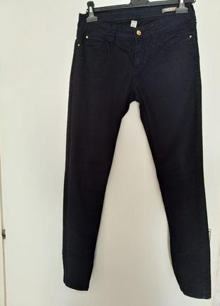 Стильные фирменные брюки