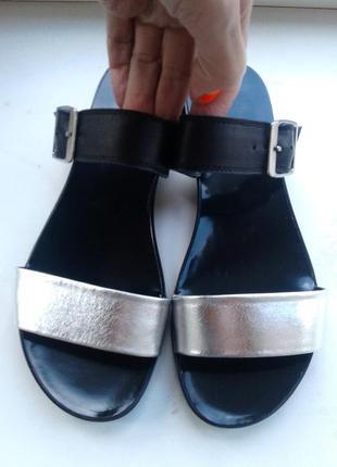 Шлепки-шлепанцы кожаные. размер 37-38. в наличии много обуви!