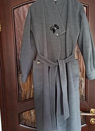 Элегантное пальто оверсайз