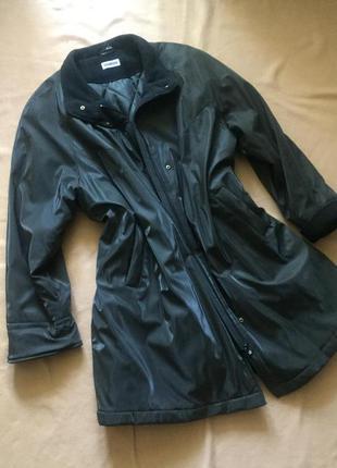 Теплое демисезонное пальто большого размера