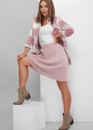 Женская вязаная юбка.